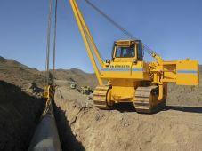 Układarka rur SB-60 na placu budowy